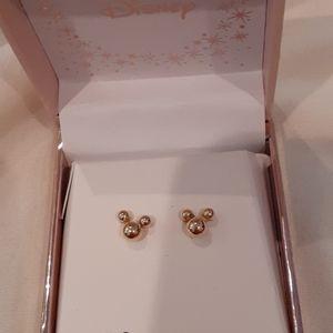 14k gold Mickie Mouse stud earrings NWOT.